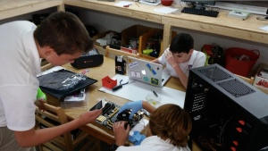 Students in upper school programming class build their own computer.